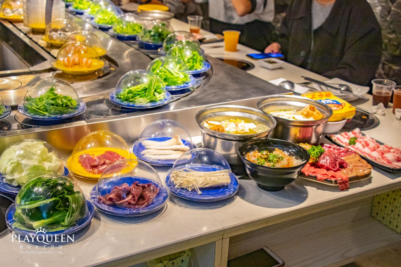 台中一中街喜鍋,迴轉火鍋,來自新加坡的美食鍋物,超平價每盤18元起!