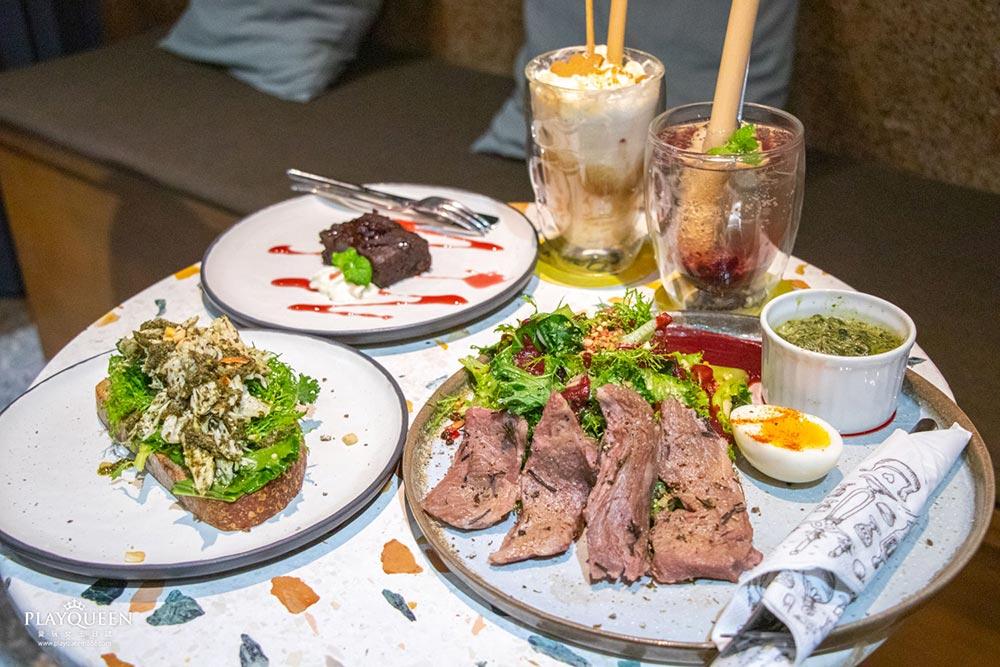 很多咖啡 Manni Café |台中篤行路,台中最新小文青,咖啡下午茶酒吧,輕食與美的饗宴