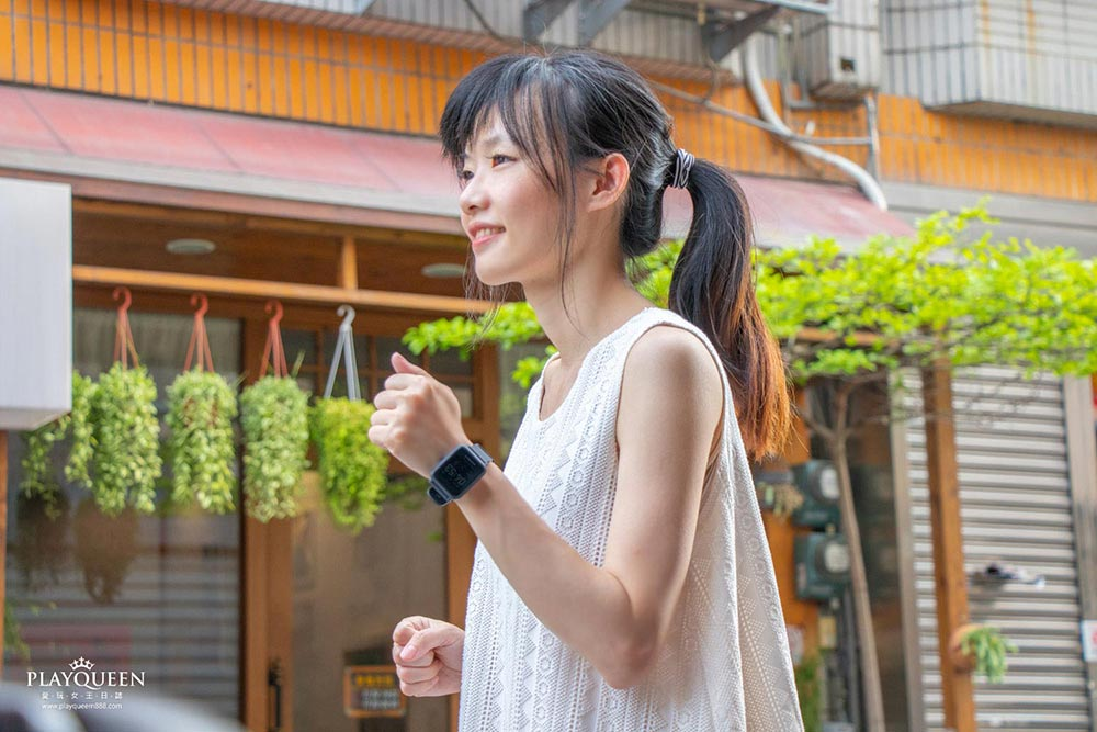 Amazfit Bip S │ 米動手錶青春版2 BipS-2020升級版,5ATM防水、40天超長待機,10種運動模式,都會時尚智慧手錶